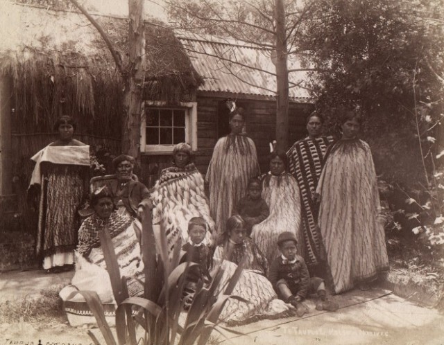 A Maori whanau, or extended family, in the 1880s. The Maoris are descended from Polynesians who arrived in New Zealand about 1200 A.D., according to anthropologists. (Josiah Martin)