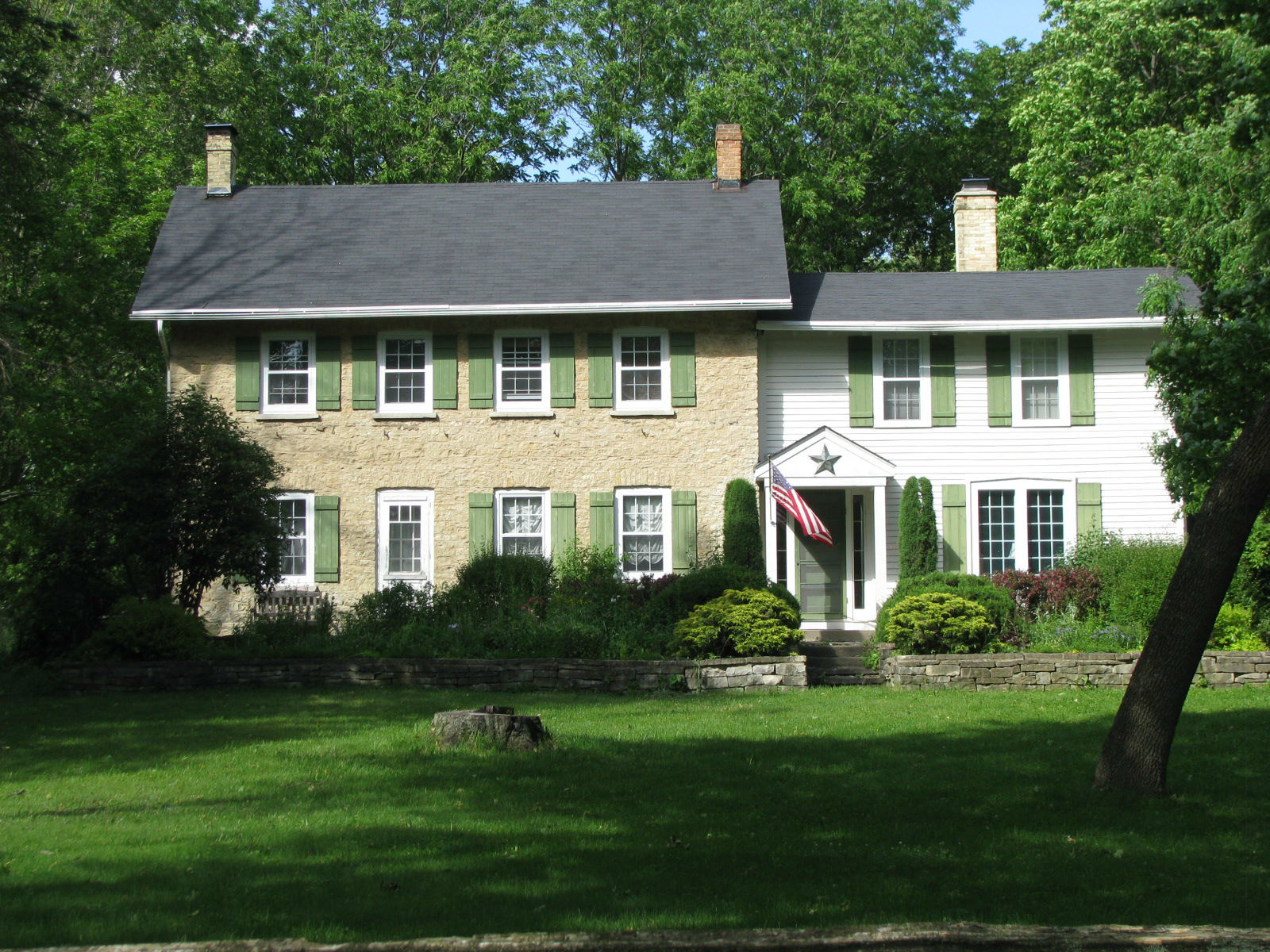 Delafield (WI) United States  city photos gallery : Kemper's house, called Bishopstead, in Delafield, Wisconsin, near the ...