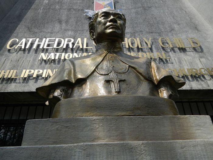 Bust of Bishop Aglipay at the IFI National Cathedral. (Ramon F. Velasquez)