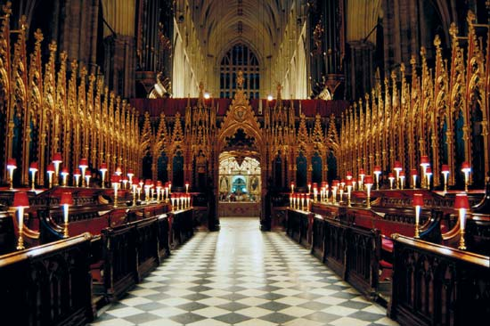 This screen, looking west from the altar through the choir, makes clear that the purpose of the screen is to keep people out. (britannica.com)