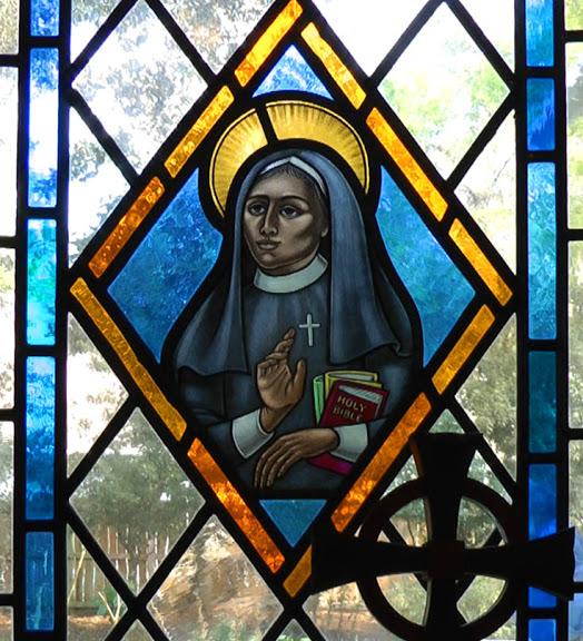 Deaconess Alexander window. (loosecanon.georgiaepiscopal.org)
