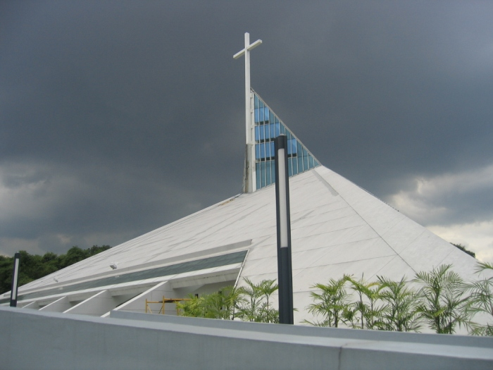 Church of the Gesu, Atenio de Manila University, Philippines. (Mike Gonzalez)