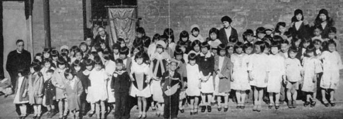 Students at Fr. Daniel Wu's school at True Sunshine Church in San Francisco, in the early part of the 20th Century. That's him on the left. His mentor, Deaconess Emma Drant, started this church as well as one across the bay in Oakland, where many Chinese fled after the Great Earthquake of 1906. When Fr. Wu arrived he took over the administration of both while he was a seminary student.