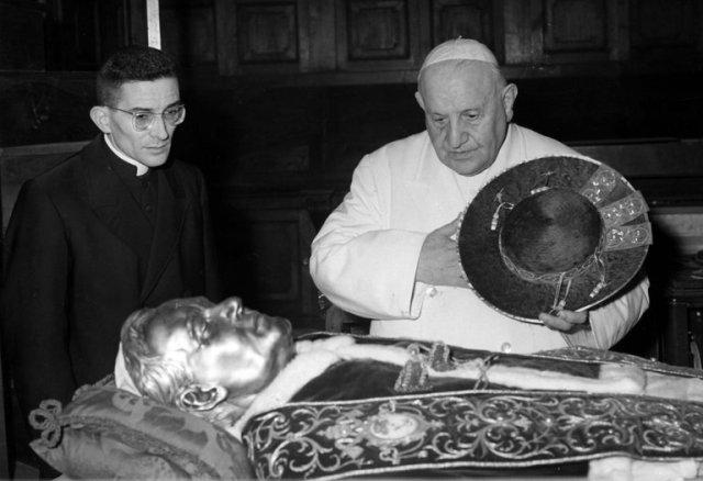 The Rev. Loris Francesco Capovilla has died, Pope John XXIII's personal secretary. (Luigi Felici/Associated Press)