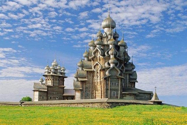 Kizhi Pogost, on Kizhiz Island, Russia (Robert Harding Picture Library/Alamy)