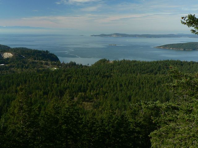 Fidalgo Island overlooking the Strait of Juan de Fuca, Washington State. (Walter Siegmund)