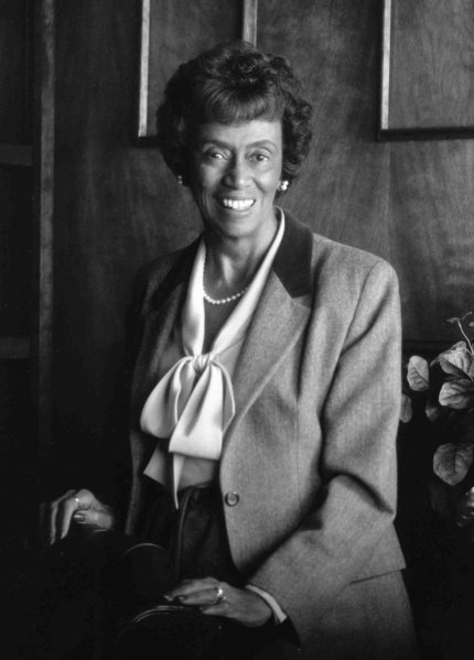 Dr. Jewel Plummer Cobb has died, the longtime and very successful president of the California State University at Fullerton, widely reported as the first Black woman to head a major U.S. research institution. She was a biologist and had served as dean at two other schools, became a finalist for president of Hunter College in New York City, but was passed over due to pressure from politicians. Her grandfather had been born in slavery, and she faced discrimination too; she started college at the University of Michigan but found that Black students weren't allowed to live on campus, so she transferred. At Fullerton, then a commuter school, she built the first on-campus housing, created new academic departments, pushed for increased minority admissions and campaigned for women in science, tech, engineering and maths. (Cal State-Fullerton)