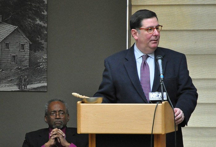 Mayor of Pittsburgh Bill Peduto welcomed revival-goers to get to know each other in order to develop solutions to city problems like poverty, addiction and homelessness.